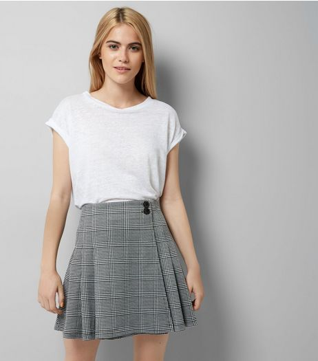 Innocence Black Check A Line Skirt | New Look