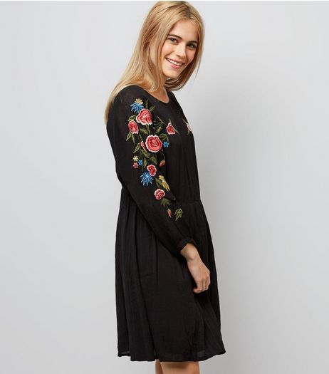 Black Floral Embroidered Sleeve Dress | New Look