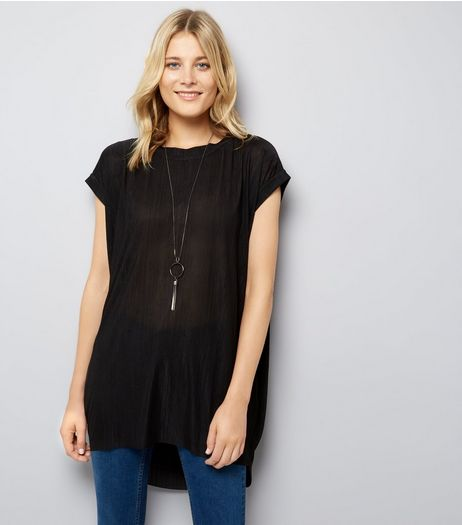 Blue Vanilla Black Dip Hem Necklace Top | New Look